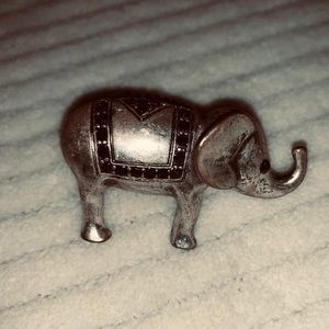 Jewelry - 2/$15 Elephant expandable stretch ring
